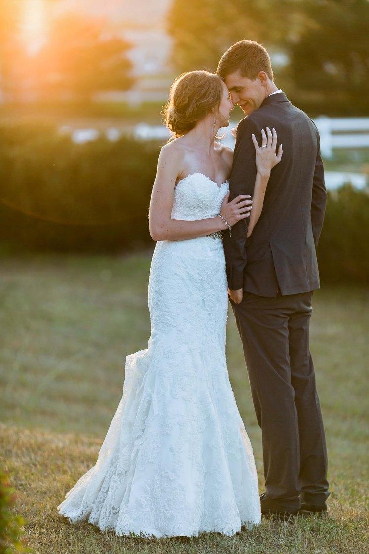 Garrett&KelsiStonewallFarmWedding2017-664