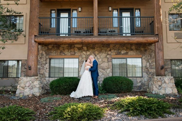 Corey&KaitlynBride&Groom2018AlyshaAnnPhotography-25